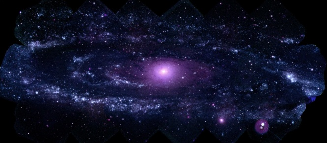 galaxieAndromedaUV_Swift