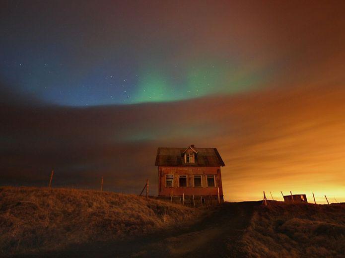 aurora-house-iceland_58176_990x742