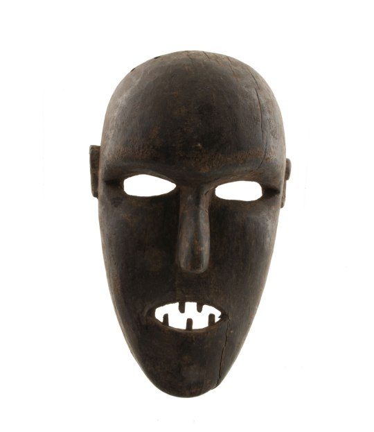 masque-africain-art-statues-africaines-240613-00036