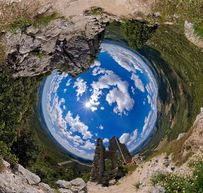 08_05_MontFerrand-planet