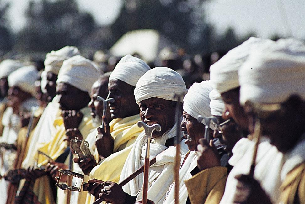 pretres-timkat-ethiopie-1984-HD
